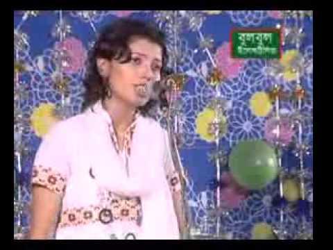 Apon Manush Dukkho Dile Bangla Baul Song By Nayon Moni