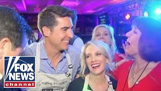 Dana Perino and Jesse Watters wait tables for charity