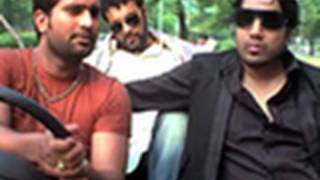 Mika Singh gets caught without a driving license - Mitti