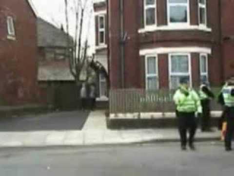 Xxx Mp4 Kids Break In House In Front Of Police 3gp Sex