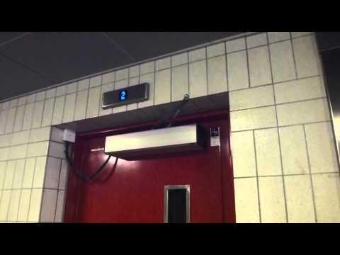 ASEA Graham Traction elevator JP Sandström Mod traction elevator Liljeholmstorgets Vårdshuset