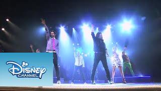 Violetta: Show final: Los chicos cantan