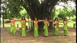 Anandaloke Mongolaloke [Full Song] Aloker Eai Jharnadharai- Rabithakurer Nacher Gaan Vol.1