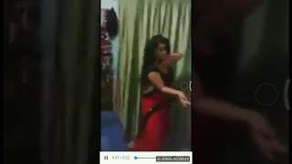 Desi hot aunty ass dance