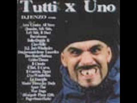 LA FAMIGLIA & DJ ENZO E uno due tre quattro Tutti x uno Rap HipHop Italy napoletano