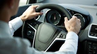 10 أخطاء أثناء القيادة تدمر سيارتك .. احترس من ارتكابها !!