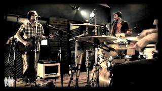 The Bread Pits - 5 Simple Ways To Hurt Someone (repetiţie la Studioul de Bază)