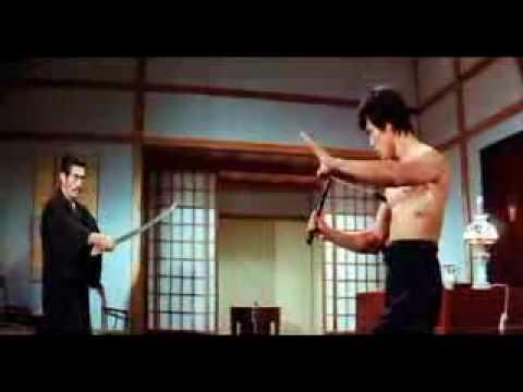 Bruce Lee vs Suzuki