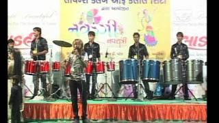 Gujarati Garba Song Navratri Live 2011 - Kalol - Darshna Vyas, Vipul Panchivala - Day-4 Part-21