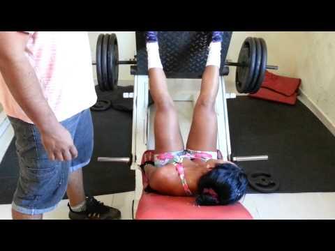 treino para perna BOA FORMA 100 mulher de Lago