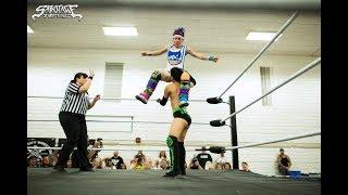 Eli Everfly vs Delilah Doom - Intergender Wrestling (Fan Camera)