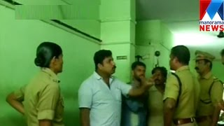 Police arrested media persons in Kozhikode | Manorama News