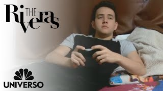 Johnny is afraid to come out | The Riveras | Universo