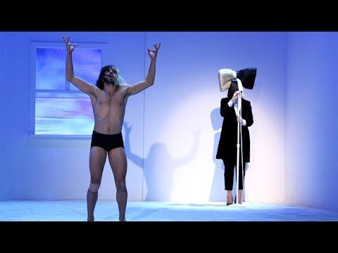 Sia Performs 'Bird Set Free'