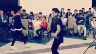 رقص بسیار عالی با آهنگ دره به دره