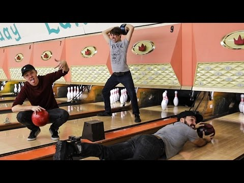 OVERNIGHT IN A BOWLING ALLEY DO NOT TRY THIS WE SNUCK IN