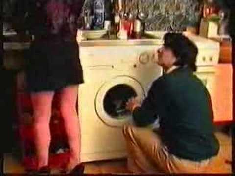 Inizio Di Un Film Porno Casalingo Anni '80 - Il tecnico.