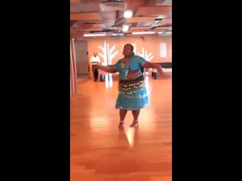 one of the fat aunty dance tamil song