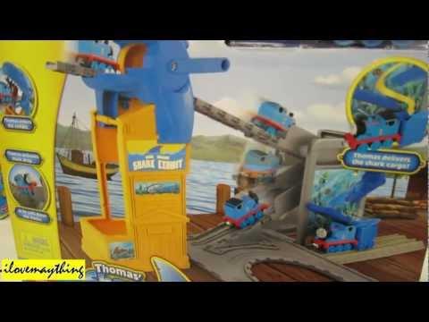 Thomas & Friends Thomas Shark Exhibit Portable Play Set
