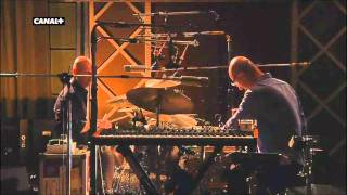 Radiohead - Staircase - Live from The Basement [HD]