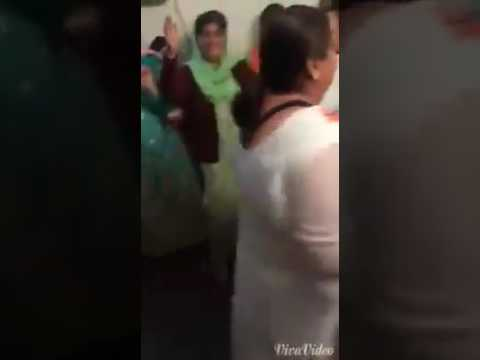 Sindhi woman Dance