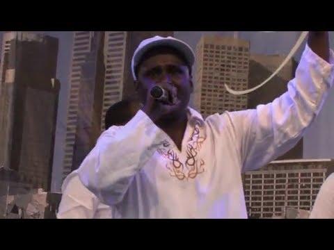 Kumala Adunya - Michuu Baay'een Qaba - Live Show [Oromo Music]