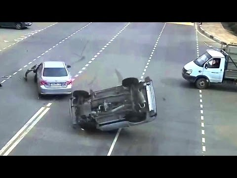 Crazy Russian Drivers - Car Crashes