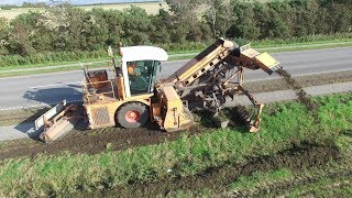 Dücker Bankettfräse SBF 900 | Ditch Cleaning On Public Road | Danish Agriculture & Construction