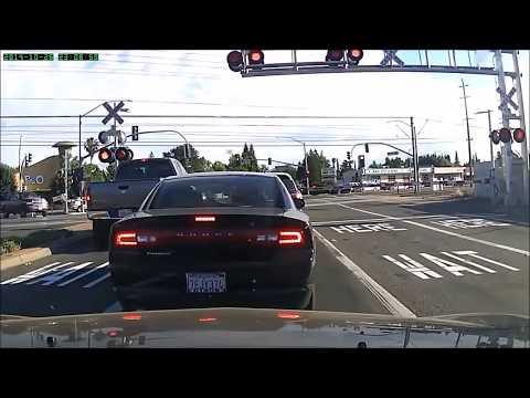Berikut video kecelakaan kereta api yang terekam kamera!!!