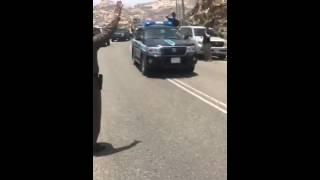 فرحة ابطال قوات الطوارئ الخاصة السعودية بعد القضاء على احد الارهابيين