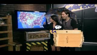 La sensual chica del clima en Guarever Tudei por SOiTV 09/13/12 episodio 8