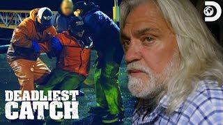 Wild Bill's Deck Boss Takes a Fall | Deadliest Catch