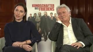 KUNDSCHAFTER DES FRIEDENS lustiges Interview mit Antje Traue und Henry Hübchen