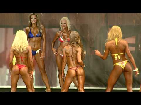 FIBO Power PRO 2011 Bikini Fitness Model Vergleiche Finale Best Body Nutrition