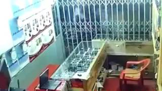 Extreme Earthquake video of Pakistan in a Peshawar local shop   Video Dailymotion