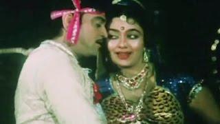 Uttar Jashu Dakhkhan Jashu, Alka Yagnik, Praful Dave, Moti Verana Chawk Ma - Romantic Song