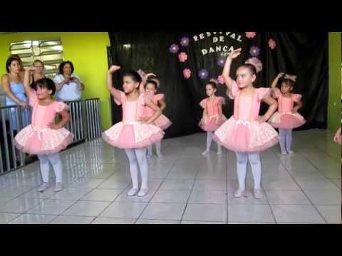 Apresentação Balé Infantil Colégio Vital Gonçalves