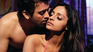 Leena Kapoor hot kissing so Romantic and seductive !!!