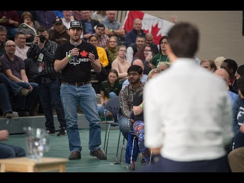 Evraz employee asks Trudeau about pipe and steel tariffs Trans Mountain Pipeline