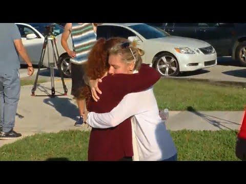 Xxx Mp4 Families Hug Their Children In Tearful Reunions After Florida School Shooting 3gp Sex