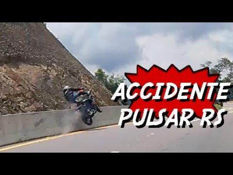 CANDELIADA ACCIDENTE PULSAR RS200 CASI DOBLE ACCIDENTE