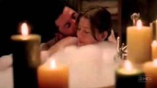 MEREDITH AND DEREK: BATH TUB SCENE