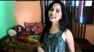 Dheere Dheere Se Meri Zindagi Mein Aana  beautiful  Girl Singing