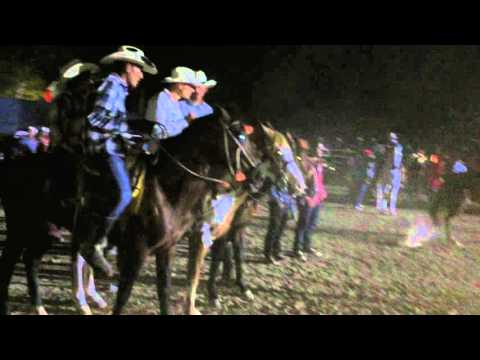 Baile en el Jaripeo con La Poderosa Banda San Juan Zomatlan 2016