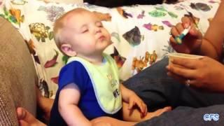 Most amazing اطفال غلبهم النومsleeping childrens كوميدي