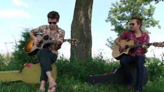A Rocket To The Moon- She's Killing Me (acoustic)