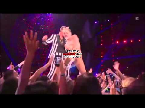 Top Worst Moments of Miley Cyrus at VMA