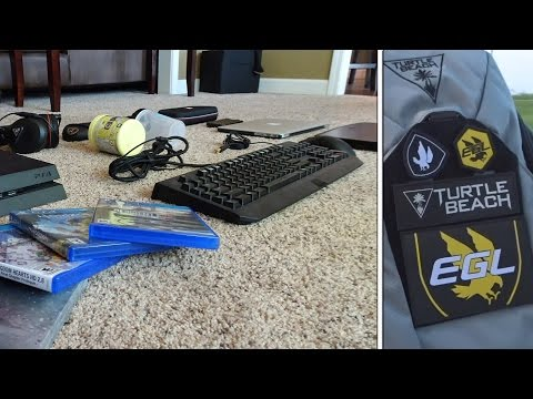 How much TECH FITS INSIDE of the EGL FLYTE Backpack?!