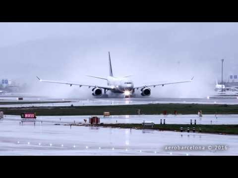 [WET RUNWAY!!!] Air Europa blowing up water at Barcelona-El Prat