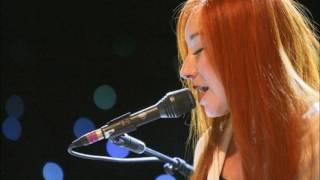 Tori Amos - Here In My Head (live 2009)
